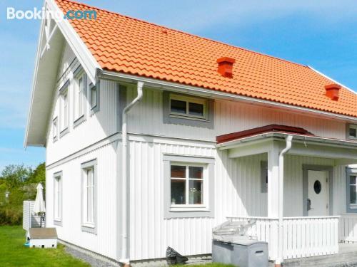 Home in Fiskebäckskil for families.