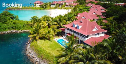 Apartamento con terraza en Eden Island