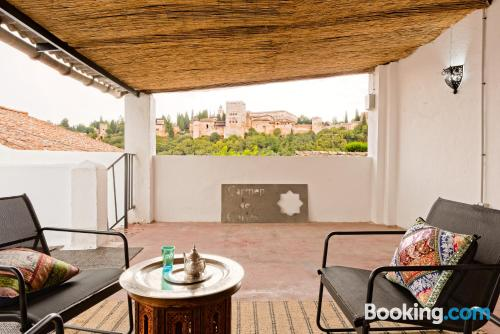 Two rooms in perfect location in Granada.