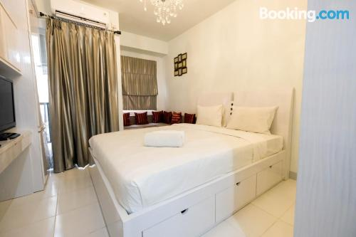 Pool and internet home in Tangerang. For two