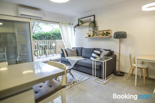 Apartamento de 93m2 en Tel Aviv con conexión a internet