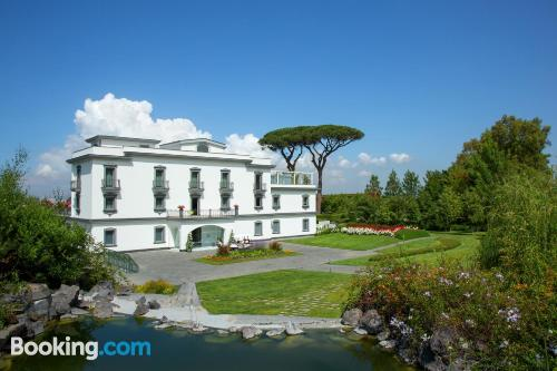 Place with internet. Enjoy your pool in Ercolano!
