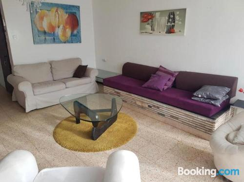Place in Netanya perfect for six or more.