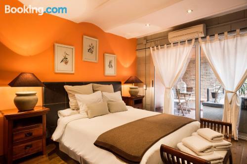 1 bedroom apartment in Barcelona. Air-con!