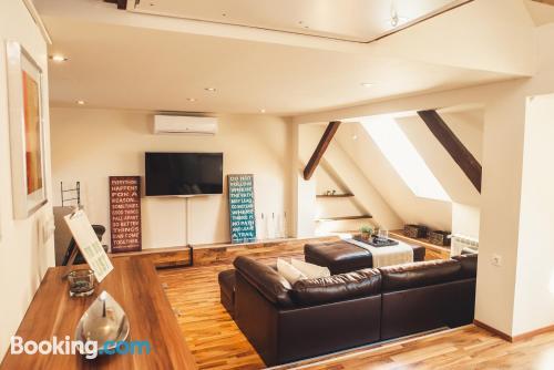 Convenient 1 bedroom apartment. Wifi!.