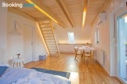 Place with terrace. Sleeps 2 people