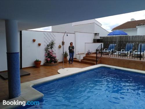 Ideal, dos habitaciones en Cortes de la frontera