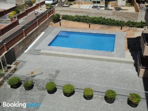 Central location and terrace in Torredembarra with internet