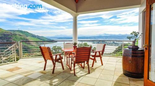 One bedroom apartment home in Knysna with terrace.