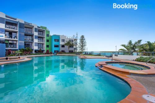 Espacioso apartamento con piscina