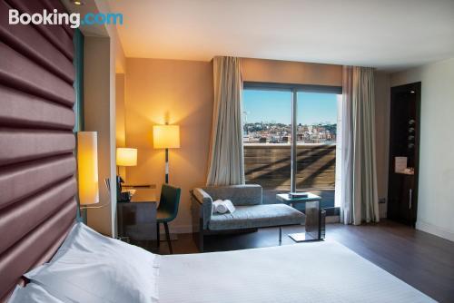 Apartamento para parejas en Barcelona con internet y terraza