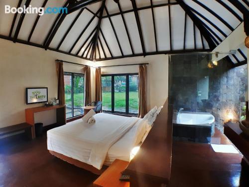 Cuco apartamento parejas en Batu