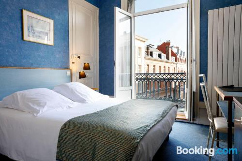 Home for couples in Amiens with heat and wifi