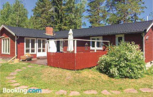 Spacious place in Grisslehamn. Convenient for six or more