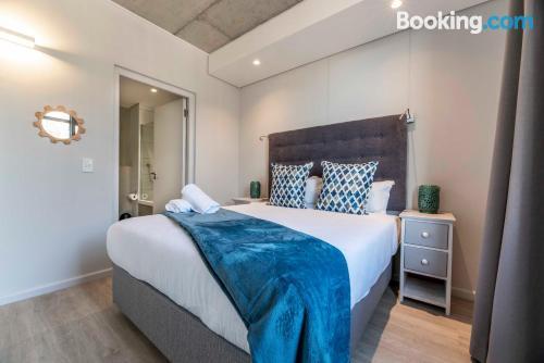 Confortevole appartamento con 2 stanze. Piscina!.