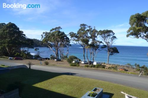Place for couples in Eaglehawk Neck with heating and wifi