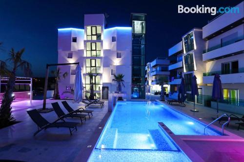 Apartamento en Bibinje con piscina
