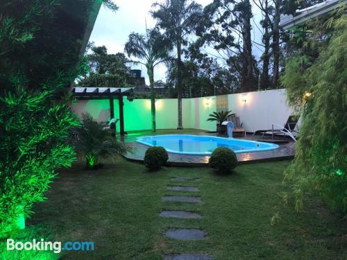Apartamento con piscina en Penha
