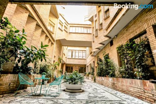 Apartment with terrace in perfect location of Granada.