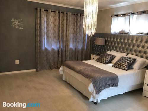 Incantevole appartamento con 1 camera da letto. Internet!