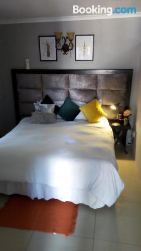Stupendo appartamento con una camera da letto. Piccolo!.