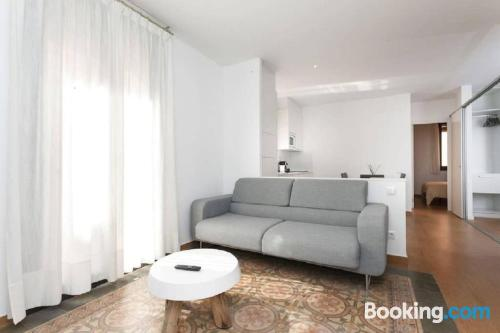 Stay cool: air apartment in Barcelona with three bedrooms