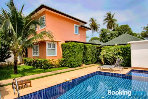 Two bedroom place. Enjoy your swimming pool in Bophut !
