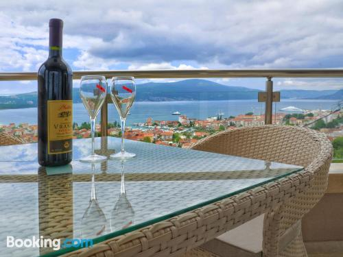 Place in Tivat with terrace and internet.