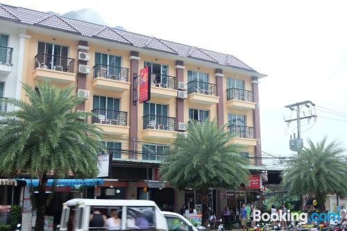 Apartamento en buena zona con aire acondicionado