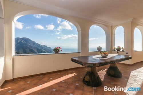 Superb location in Ravello. With heating