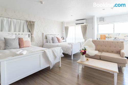 Stay cool: air apartment in Osaka. 35m2!