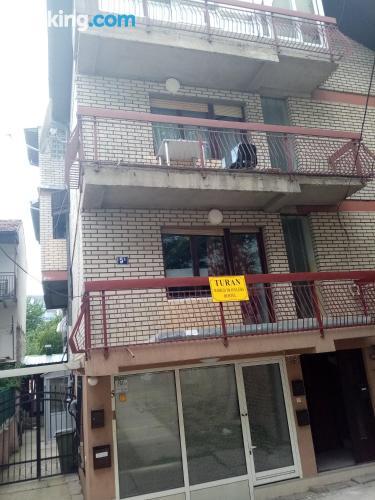 Apartamento para viajeros independientes con wifi.