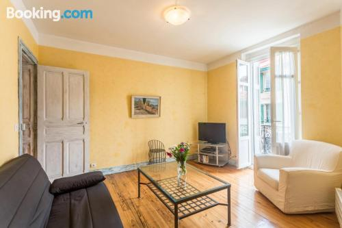 Home with wifi in best location of Biarritz