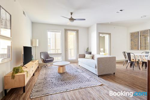 2 rooms home in Austin.