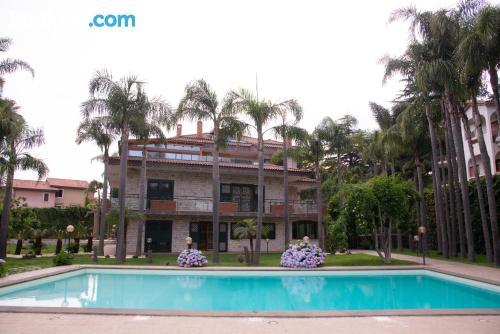 Apartamento en Trecastagni con piscina.