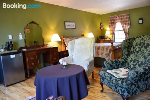 One bedroom apartment in Moncton for couples