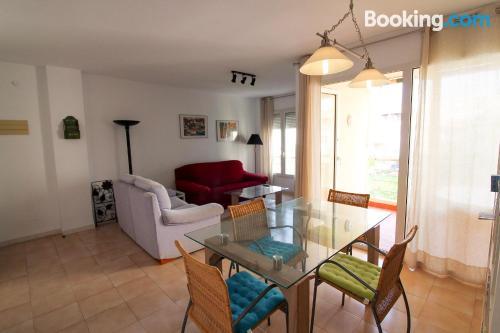 Apartamento de tres habitaciones en El Ejido.
