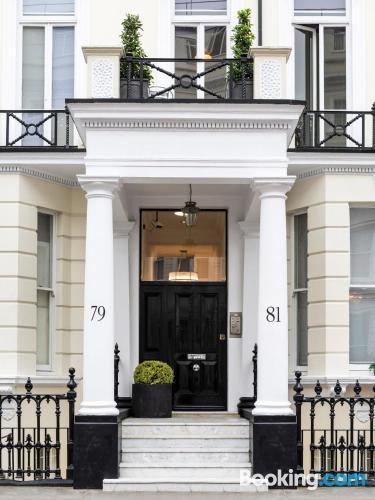 Apartamento de dos dormitorios en Londres para parejas.