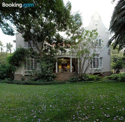 Appartamento con terrazza, a Johannesburg.