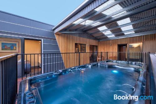 Apartamento práctico en Coles Bay de dos habitaciones.