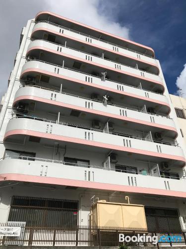 Apartamento con internet y terraza