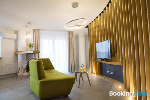 Apartamento en buena zona con terraza y wifi