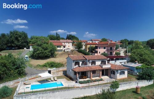 Apartamento de 163m2 en Vižinada con vistas