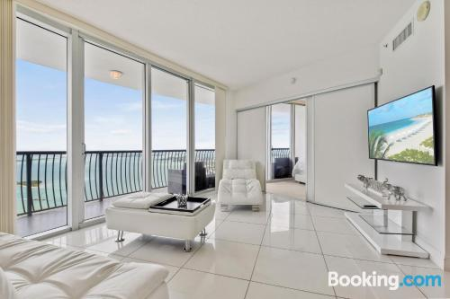 3 bedroom apartment in Miami with terrace