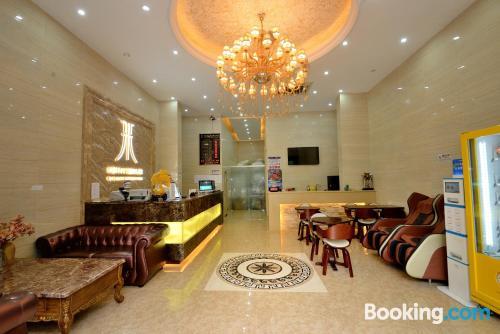 Apartamento acogedor en Shenzhen con conexión a internet y vistas