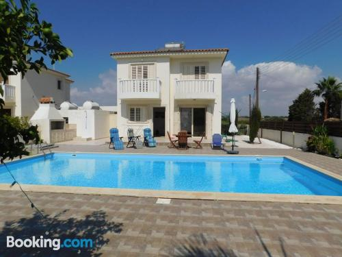 Apartment with terrace in Mazotos.