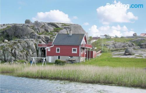 Espacioso apartamento en Sirevåg. ¡Perfecto para cinco o más!