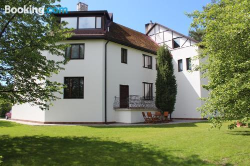 Apartamento para familias con niños con terraza y wifi