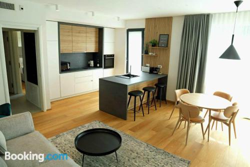 Apartamento de 57m2 en Liubliana con aire acondicionado.