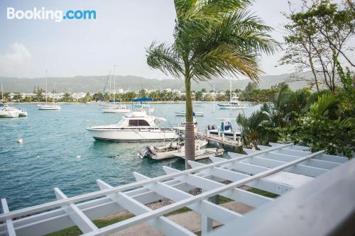 Home for groups in Montego Bay with three rooms